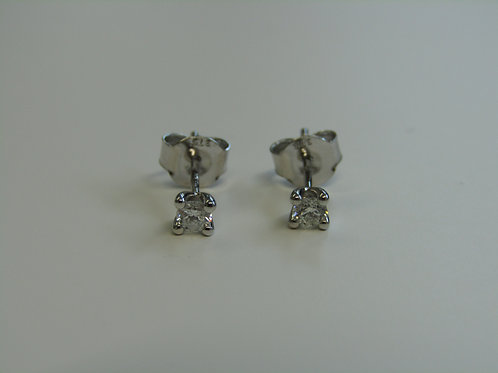 9ct white gold .20 diamond studs