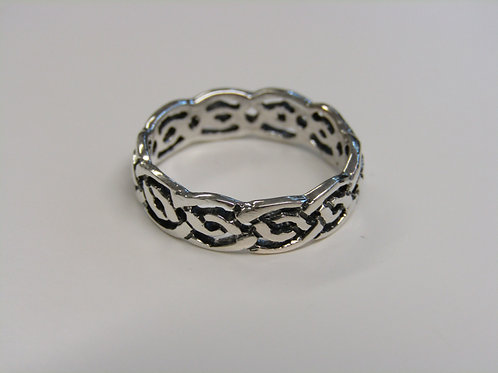 Sterling silver celticband ring