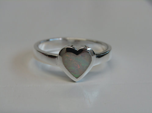 Sterling silver and opalique heart ring
