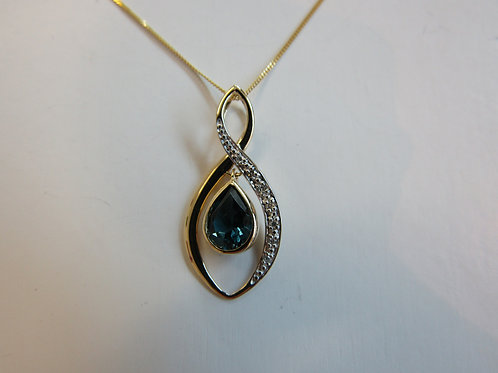 9ct Yellow gold twist pendant with London blue topaz and diamonds