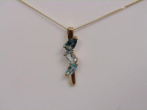 9ct gold blue topaz pendant