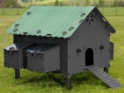 Solway Plastic Smart Hen House