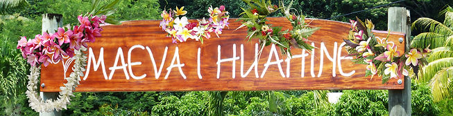 532 Maeva i Huahine with flowers.jpg