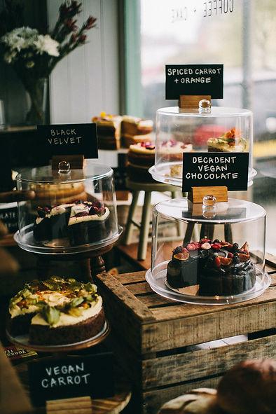 veganer kuchen im Café