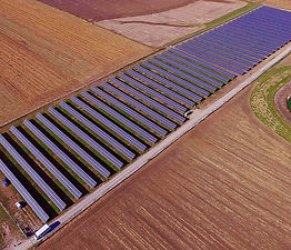 Farmers Electric - Kalona solar farm.jpg