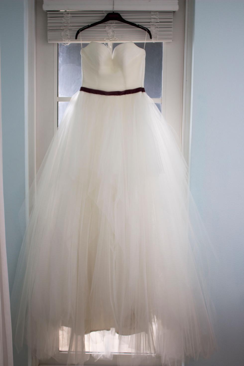 wedding dress photo idea