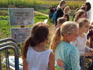 Bezoek aan maïsdoolhof