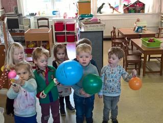 Speelparadijs met allerlei ballen en ballonnen