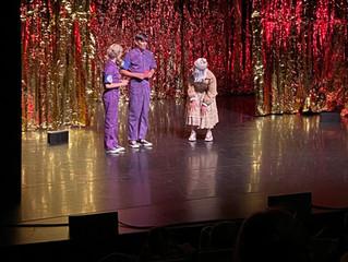 Theater Quinnie & Quinn