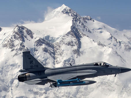 ปากีสถานเตรียมรับมอบเครื่อง JF-17 ก่อน Rafale ถึงมืออินเดีย