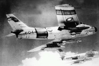การใช้งานครั้งแรกของ AIM-9 Sidewinder กลายเป็นการส่งอาวุธลับของสหรัฐให้ โซเวียต