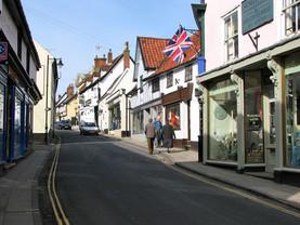 Diss_-_shops_in_St_Nicholas_Street_-_geo