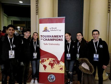 נבחרת דיבייט 'אחד העם' בגביע האלופים TOC באוניברסיטת ייל בהובלת ובהנחיית דליה בן-אסא , רכזת מחוננים עירונית