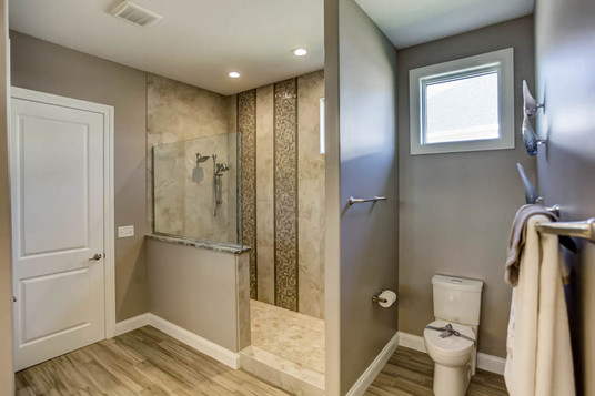 Dungan Custom Homes - Movie Star Master Bath