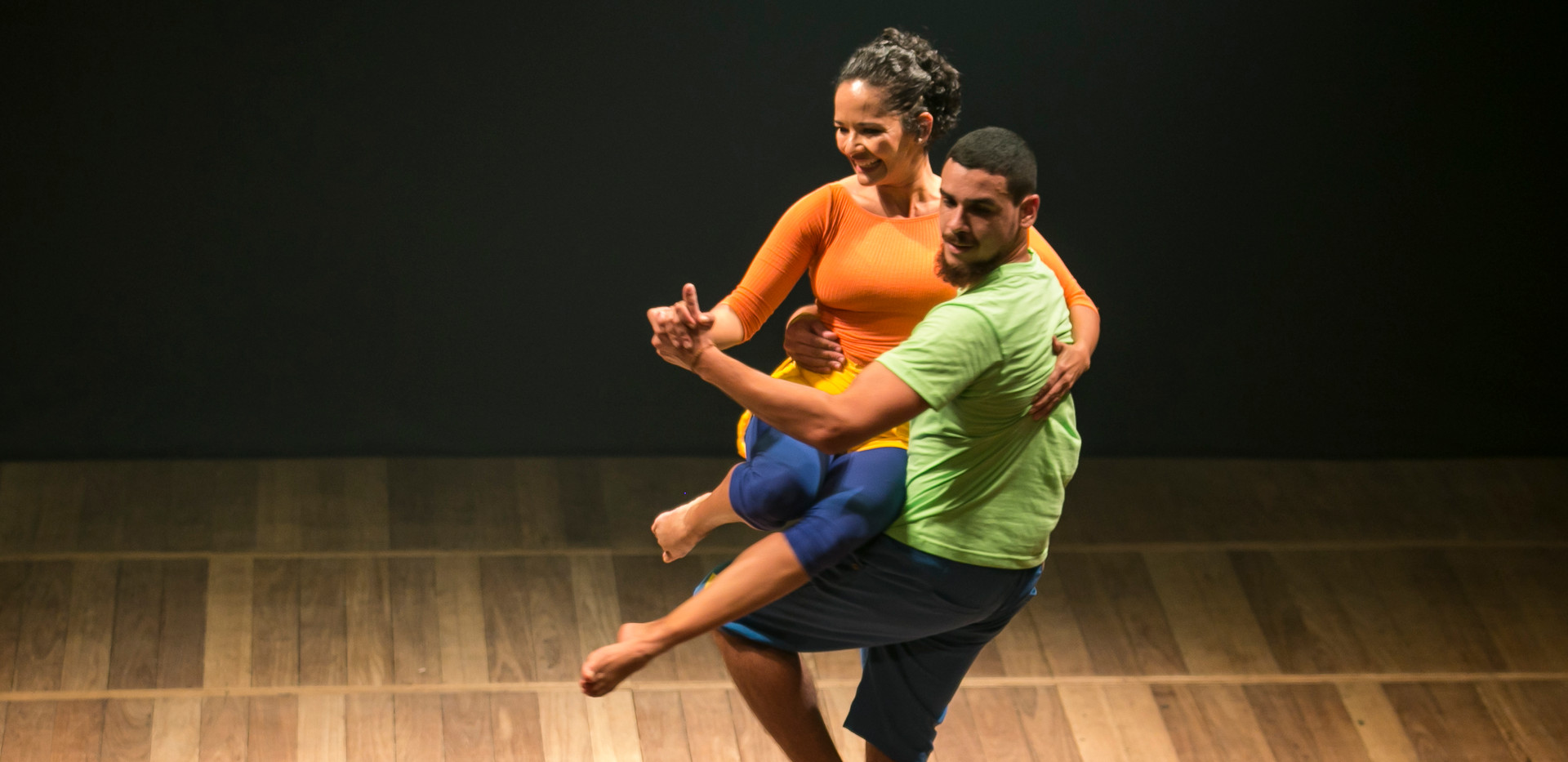 Viviane Soares e Jefferson Moreno