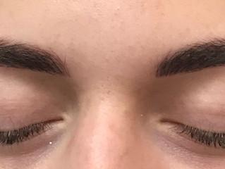 Wunschliste: Natürliche und schöne Augenbrauen