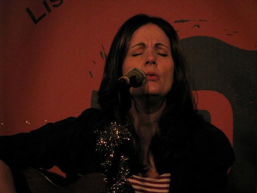 Concert Review: Lori McKenna at Passim, 12/17/10