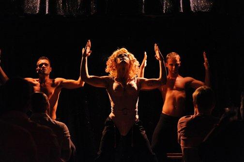 Madonna - Blond Ambition