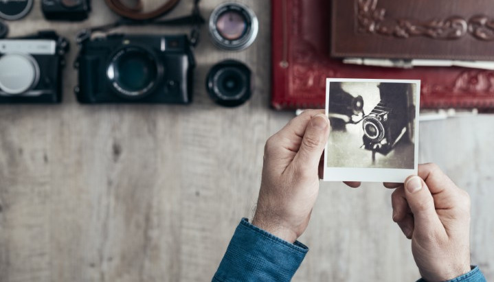Keep large photo and video collections organized and save time!