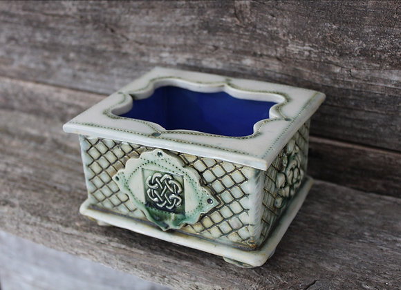 Treasure box or planter