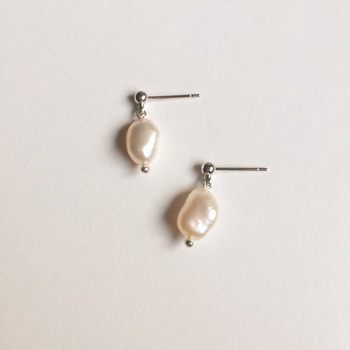 Freshwater Pearl Earrings Handmade
