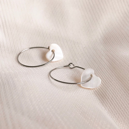 wonky hearts mother-of-pearl hoop earrings