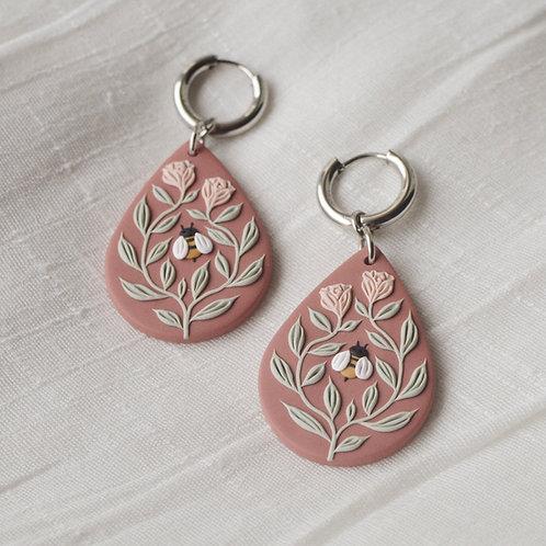 Bee Friends Teardrop Hoop Earrings (Dusty Pink Base with Pale Pink Roses