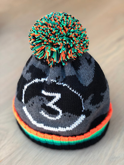 Wonky Woolies bobble hat - Waves