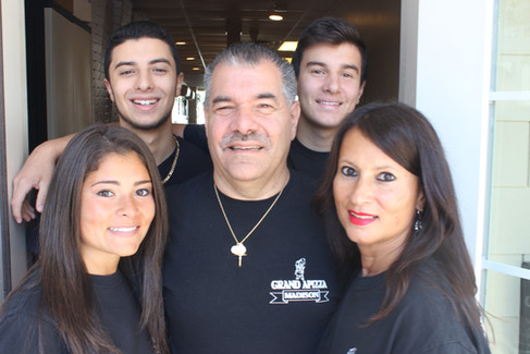 Mike Nuzzo and his family