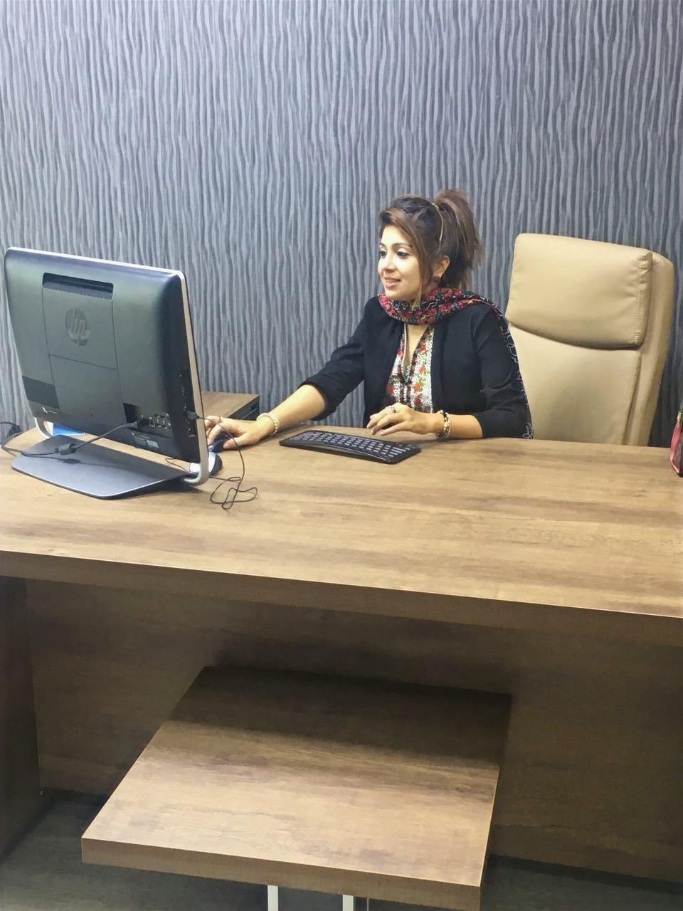 office%20desk_edited