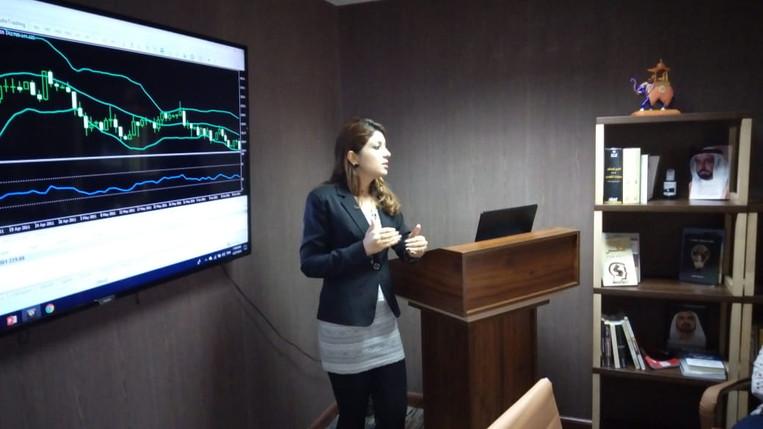 sara teaching 3.jpg