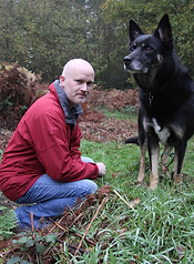 About Pat Moore - BSc Dog Behaviourist