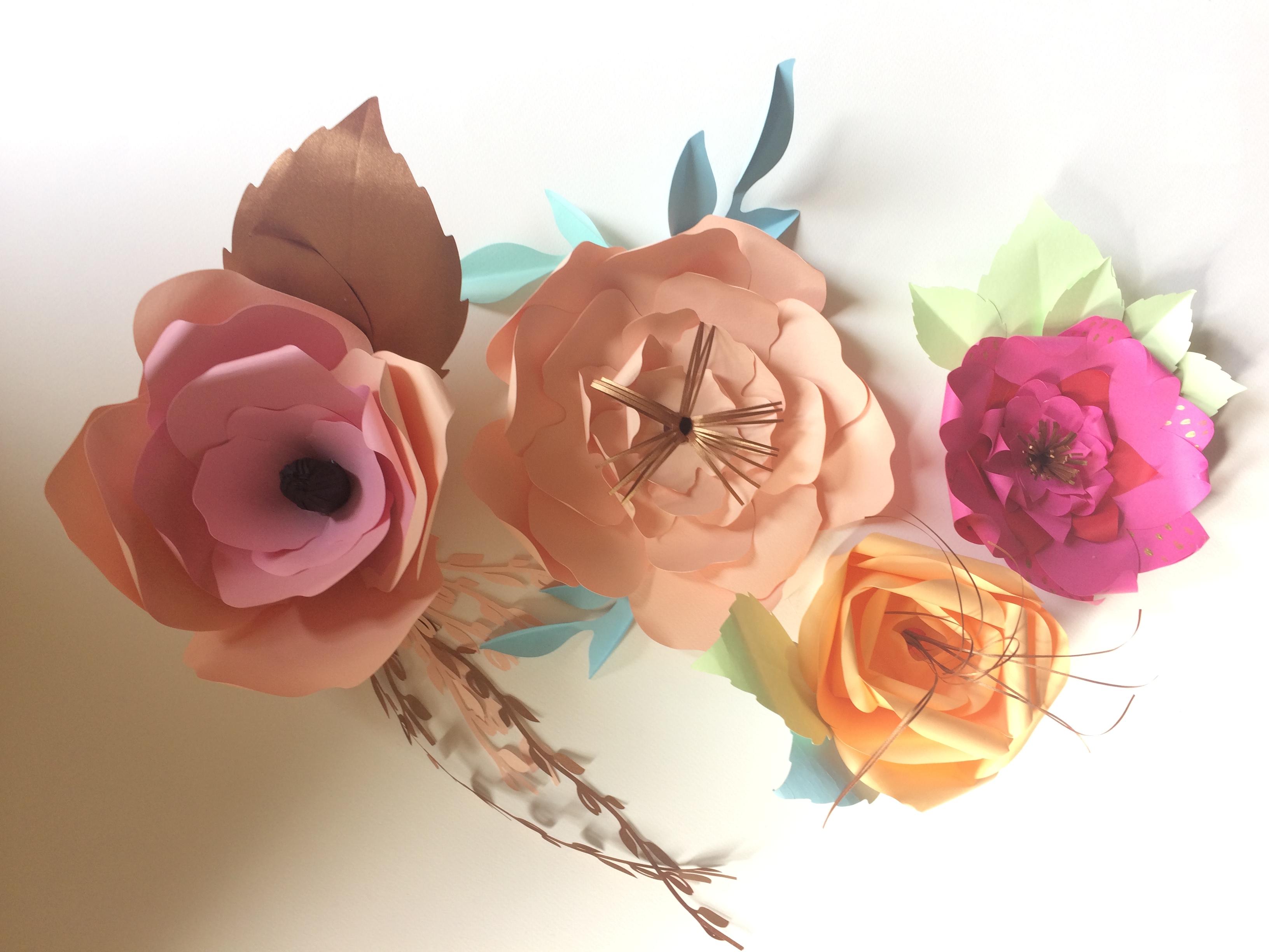 création de fleurs en papier
