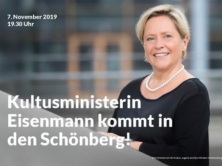 Kultusministerin Dr. Susanne Eisenmann auf dem Schönberg-Bänkle