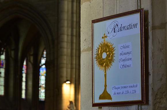 Adoration eucharistique [Nouveau]