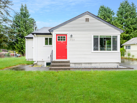 Cute Affordable Bungalow | Jess & Julie Lyda 425-487-3001