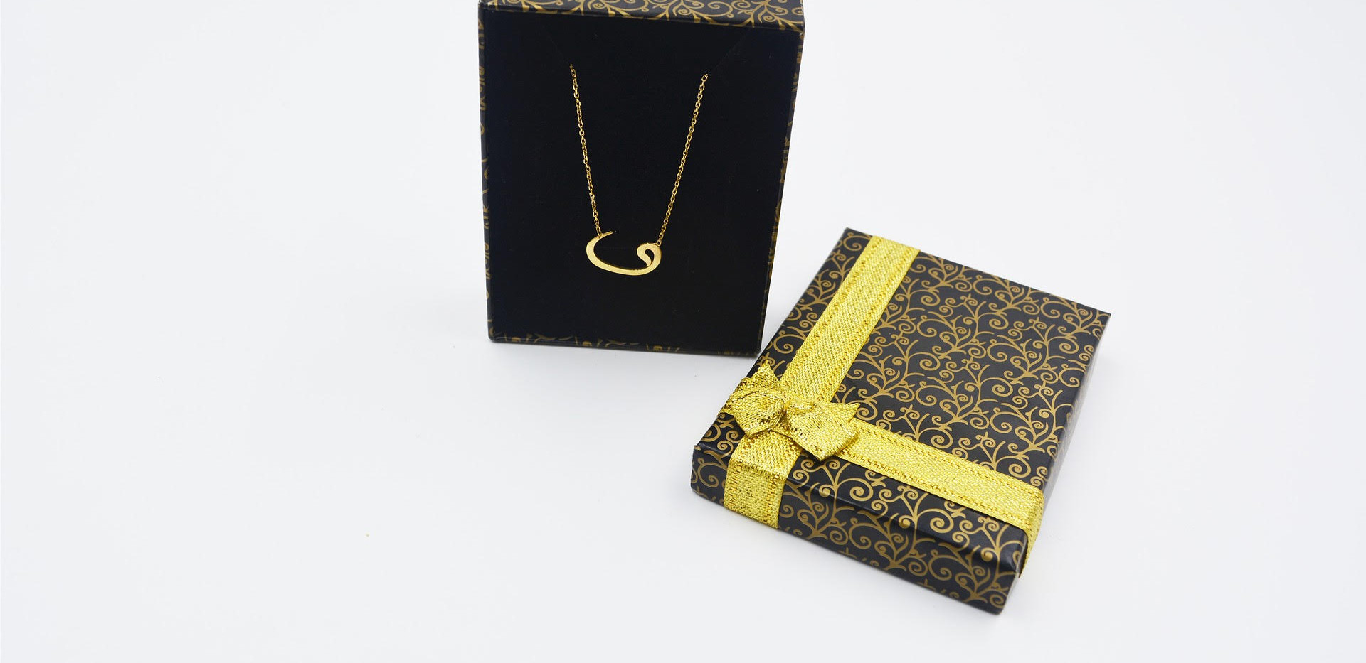 necklace box.jpg