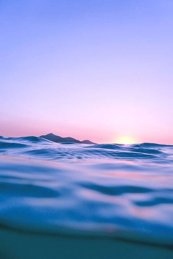 Waking%20up%20at%205.30%20we%20entered%20the%20water%20just%20as%20the%20sun%20was%20rising_edited.j