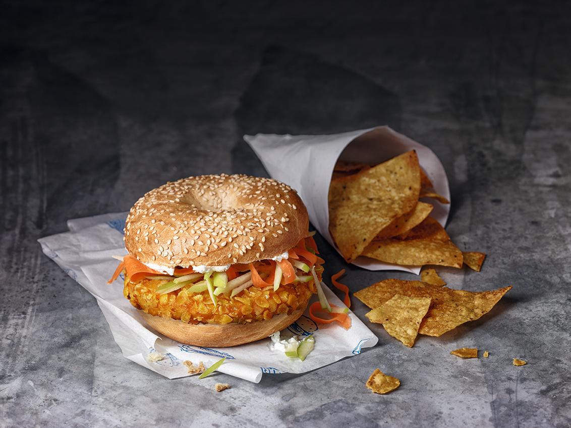 Crunchy_Chik'n_Burger_ohne_Salat_mit_Tüt