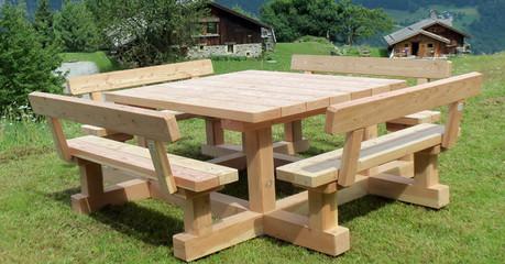Mobilier de bois
