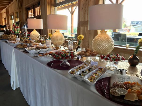 Lila Buffet Styling Barn Wedding (11).JP