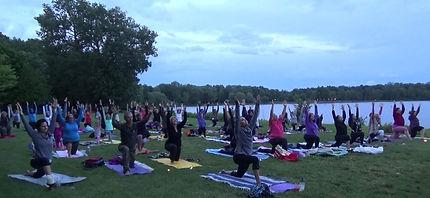 yoga pleine lune4.jpg