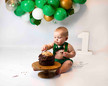 Green Cake smash photoshoot