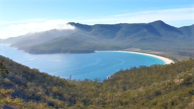 Wineglass Bay Lookout hike with kids