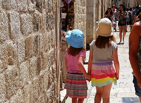 Do only bad parents pull their kids out of school to travel?