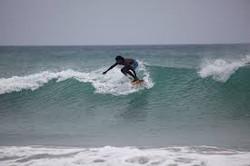 sri lanka surf in beach 5