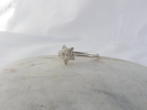 Starfish ring silver or bronze