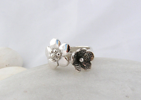 Two flowers ring silver or gold