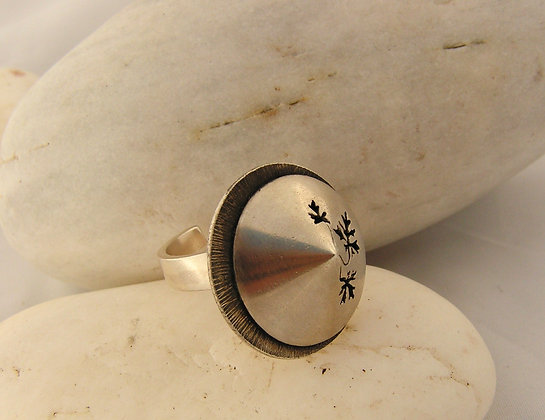 Chinese hat ring silver or silver & brass