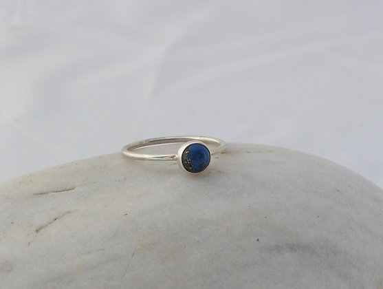 Lapis wee ring